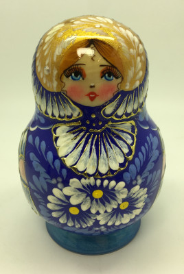 110 mm Daisies on blue background handpainted wooden Russian Matryoshka doll 5 pcs round shape