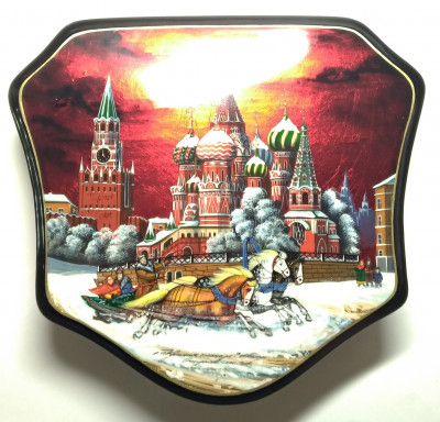 210x190mm Moscow Snt Basil Cathedral and Red Square  hand painted lacquered jewelery box (by Tatiana Shkatulka Crafts)