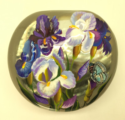 110 x 100 mm Batterfly sitting on Iris hand painted on shell Fedoscino lacqured papier-mache box (by Tatiana Fedoscino Arts)