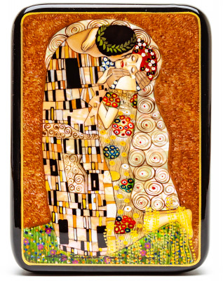 120x170mm The Kiss Hand Painted Jewellery Box (by Tatiana Shkatulka Crafts)