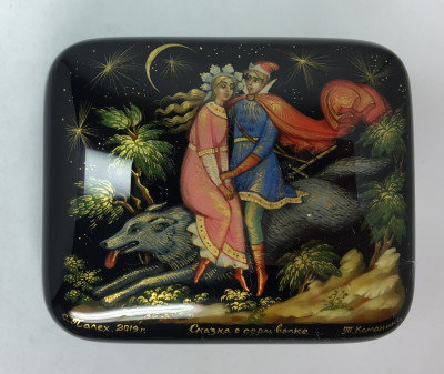 Grey Wolf Fairy tale papier-mache lacquered box painted by T Kamanina in Palekh village (by Pavel Studio)