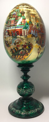 450 mm Moscow Saint Basil Cathedral and Kremlin hand painted Malachite colored wooden Egg with standby (Alexander Green)