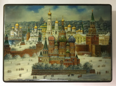 300x220 mm Moscow Snt Basil and Kremlin hand painted by Puchkov lacuered papier-mache Jewelry Fedoscino Box (by Alexander G Studio)