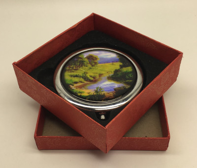 Compact Mirror with Landscape