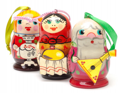 130x80 mm Russian Family hand Carved and Painted Christmas Tree Ornaments Set of 3 pcs in a Gift Box (by Andrey Studio)