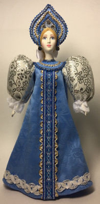 260 mm Snowmaiden Princess in a Blue Dress Porcelain Statue Doll (by Le Russe)