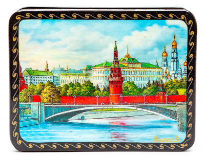 110x80mm Moscow Kremlin Hand Painted Jewellery Box (by Tatiana Shkatulka Crafts)