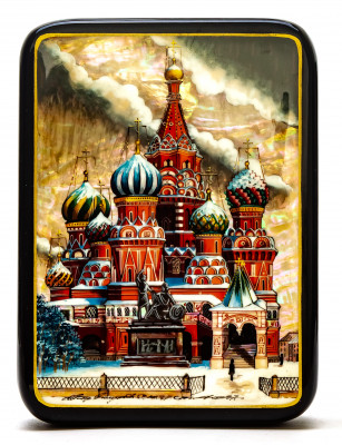 110x150mm Saint Basil Cathedral hand painted on pearl shell lacquered box from Fedoscino (by Tatiana Crafts)