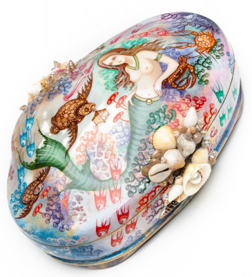 200x130 mm Mermaid hand painted on Pearl Shell lacquered box from Fedoscino (by Sadko Workshop)