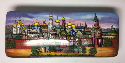 180 x 175 mm  Snt Basil Cathedral and Moscow Kremlin nightime hand painted lacquered box from Fedoscino (by Mihail Studio)