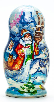 130 mm Santa Claus and Snowmaiden Princess riding Russian Troika hand painted wooden Matryoshka Doll 5 pcs (by Skazka)