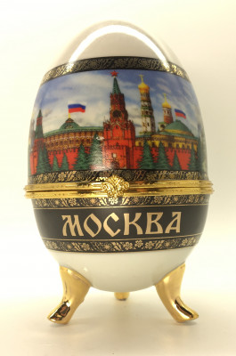Large Easter Egg box with Moscow Picture