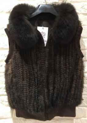 Brown Mink Fur Spiral Cape with Arctic Fox Collar (sleeveless)