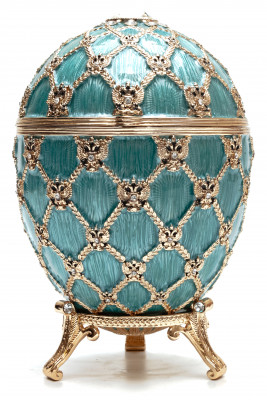 145 mm Light Blue Easter Egg with the Carriage