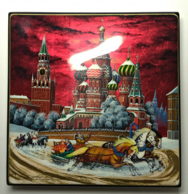 220x220mm Moscow Snt Basil Cathedral and Red Square  hand painted lacquered jewelery box (by Tatiana Shkatulka Crafts)