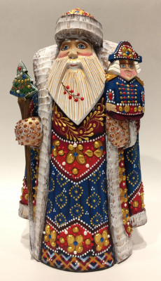 Hand Carved and Painted Santa Claus vs Nutcracker