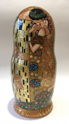 The Kiss by Gustav Klimt handpainted Matryoshka 10pcs