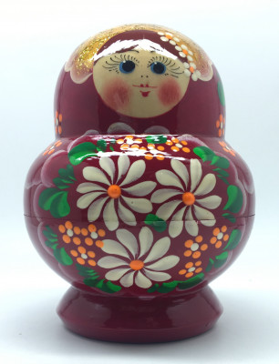 10pcs Daisies hand painted wooden Matryoshka Doll from Maidan red color (by 2W Studio)