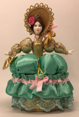 Girl with Fan in a nice Hat and dress of the 18th century style hand-sewn Doll with Jewelry Box (by Le Russe)