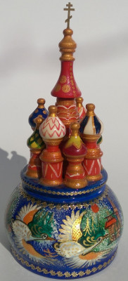 190 mm Saint Basil's Cathedral Flying Swans hand painted Wooden Music Box (by Nightingale Crafts)