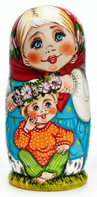 180 mm Russian Family hand painted wooden Matryoshka doll 5 pcs (by Tatiana Morozova)