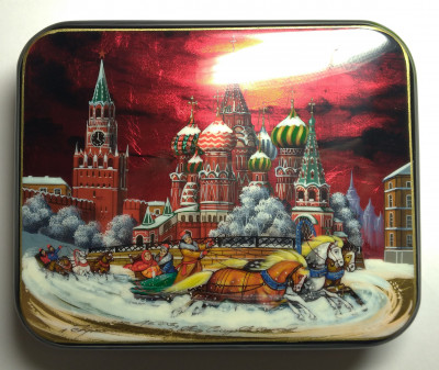 155x135mm Moscow Snt Basil Cathedral and Red Square  hand painted lacquered jewelery box (by Tatiana Shkatulka Crafts)
