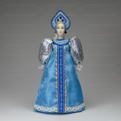 260 mm Russian Girl in a Dress Porcelain Statue Doll (by Le Russe)