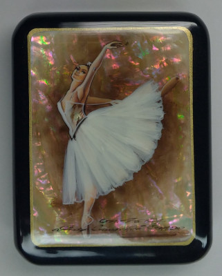 70x90mm Ballerina hand painted lacquered jewelery box (by Tatiana Shkatulka Crafts)
