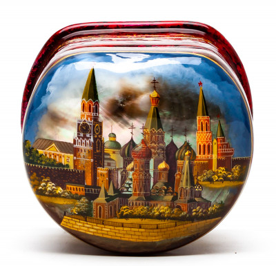 75x100mm Mocow Kremlin hand painted on shell Fedoscino lacqured papier-mache box (by Tatiana Fedoscino Arts)