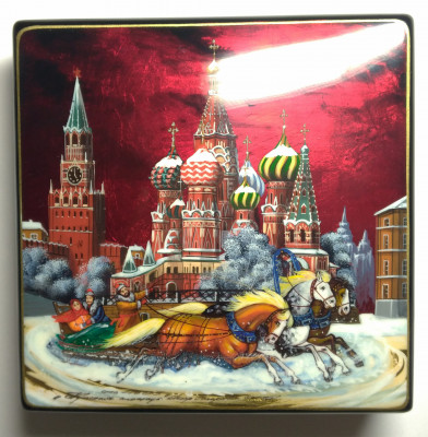 150x150mm Moscow Snt Basil Cathedral and Red Square  hand painted lacquered jewelery box (by Tatiana Shkatulka Crafts)