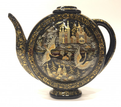 The Russian North on a Teapot handpainted in Kholuy