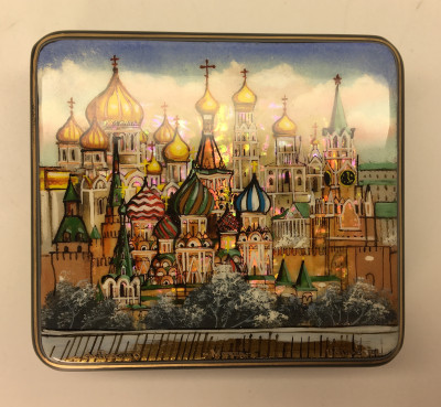 90 x 80 mm Moscow Winter hand painted lacquered box from Fedoscino (by Mihail Studio)