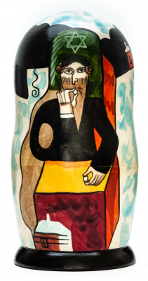 180 mm Green Violinist by Chagall hand painted on wooden Matryoshka doll 5 pcs (by Alexander Famous Paintings Studio)