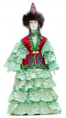 270 mm Kazakh Woman in a traditional Dress (by Le Russe)