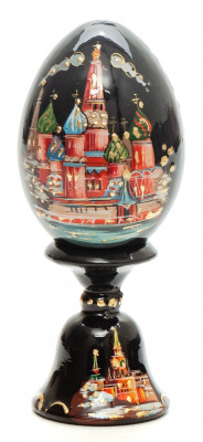 100 mm Saint Basil Cathedral wooden Egg on stand