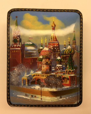 U Moscow Picture Lacqured Box (different views)