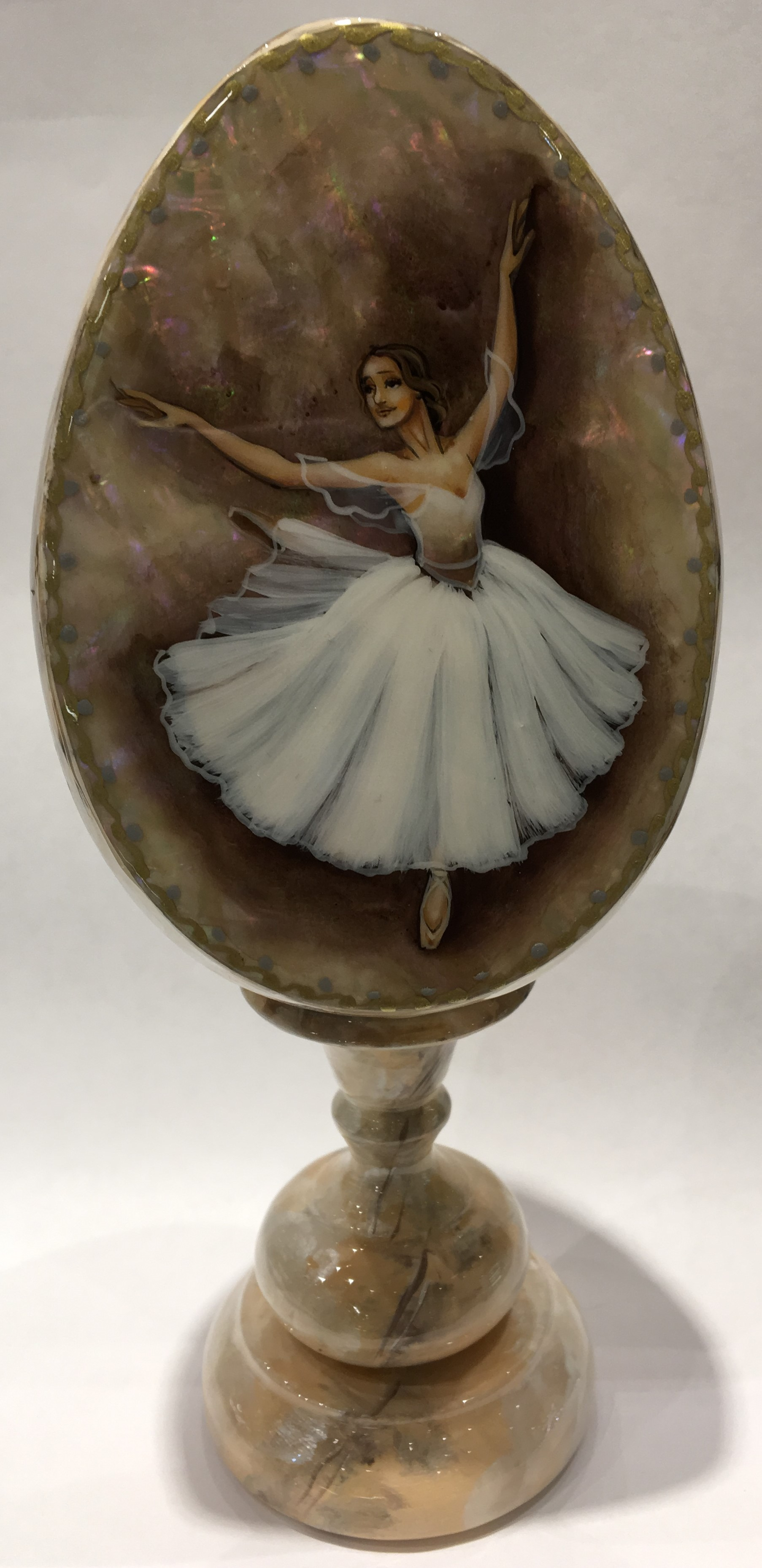 Ballerina cream  Fedoscino Easter Egg