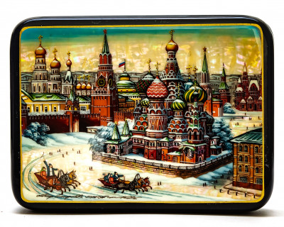 150x110mm Red Square and  Saint Basil Cathedral hand painted on pearl shell lacquered box from Fedoscino (by Tatiana Crafts)