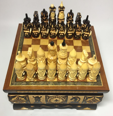 190x190 mm Hand Carved Chess Pieces on Inlaid Wood Board Box (by Fyodor Chess Workshop)