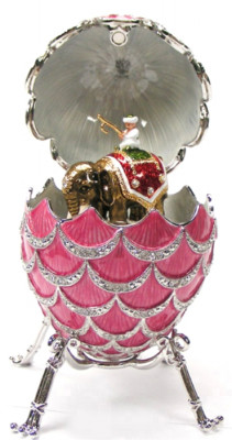 120 mm Pink Pine Cone with Elephant inside Music Easter Egg