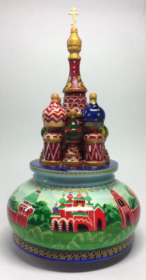 210 mm Saint Basil's Cathedral and Moscow Kremlin hand painted Wooden Music Box (by Nightingale Crafts)