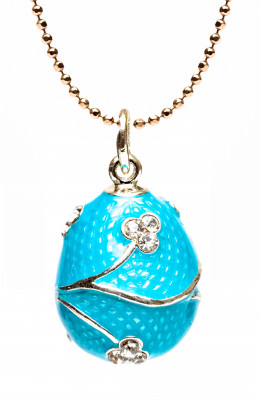 Three Shamrocks Light Blue Egg Pendant