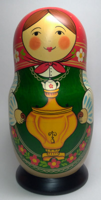 230mm Mistress with Samovar hand painted Traditional Russian Wooden Matryoshka doll 7 pcs (by Igor Malyutin)