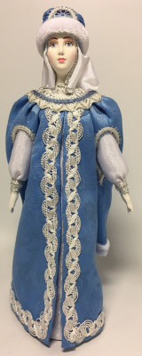240 mm Snowmaiden Princess in Fur Hat hand-sewn Porcelain Doll (by Le Russe)