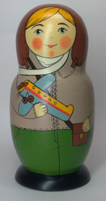 160 mm Aviatress author's hand painted Traditional Russian Wooden Matryoshka doll 5 pcs (by Igor Malyutin)