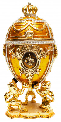 160 mm With Lions Golden Easter Egg
