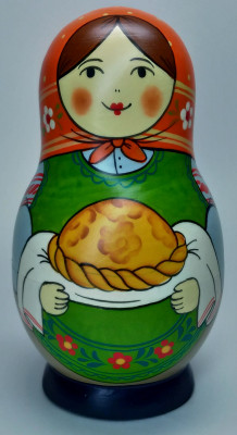 125 mm Mistress with Bread and Salt hand painted Traditional Russian Wooden Matryoshka doll 5 pcs (by Igor Malyutin)