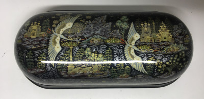 200x90 mm Russian North hand painted lacquered papier-mache box from Kholuy (by Sadko Workshop)