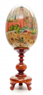 800 mm Moscow Kremlin hand painted on red colored wooden Egg with standby (by Tatiana Crafts)