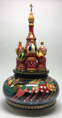 210 mm Saint Basil's Cathedral Russian Troika Music Box hand painted Wooden Music Box (by Nightingale Crafts)